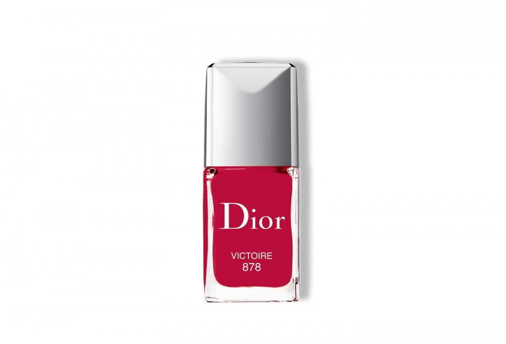 Лак для ногтей с эффектом гелевого покрытия DIOR Dior Vernis 10 мл ухаживающее тональное средство с эффектом сияния dior diorskin forever glow 30 мл