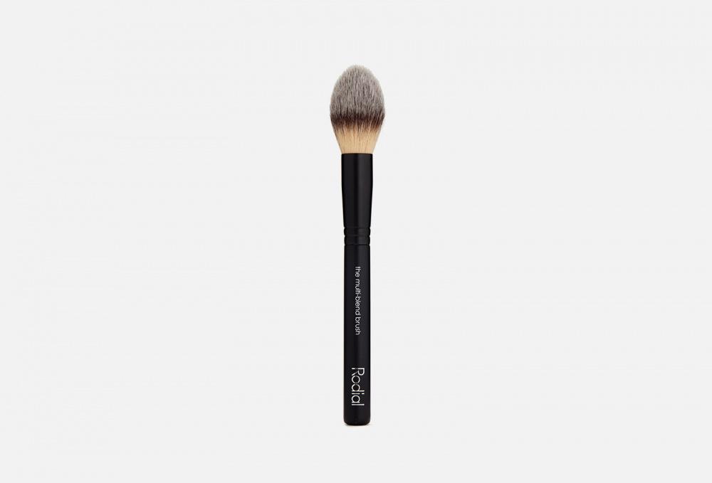 Фото - Универсальная кисть для лица RODIAL The Multi-blen Brush 12 1 мл кисть для нанесения макияжа 3ina the kabuki brush 1 мл