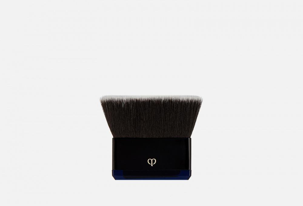 Кисть для компактной пудры CLE DE PEAU BEAUTE Brush (powder Foundation) 1 мл пуховка для прозрачной рассыпчатой пудры cle de peau beaute puff translucent loose powder 1 мл