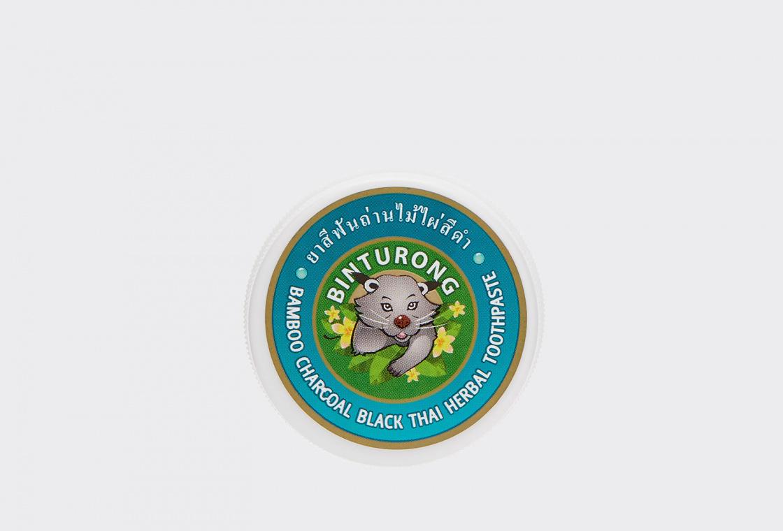 Зубная паста с бамбуковым углем Binturong Bamboo charcoal black thai herbal toothpaste