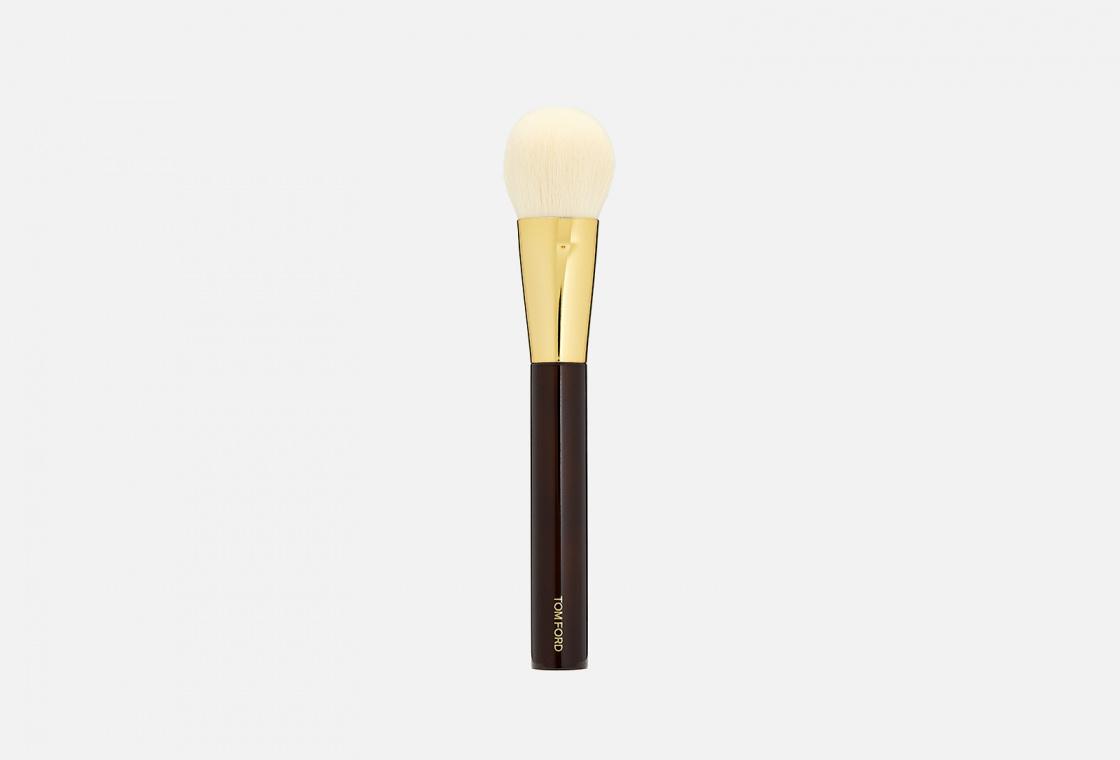 Кисть для румян Tom Ford Cheek Brush 06